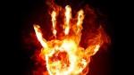 a-g-atene-grecia-bruciate-due-moto-di-polizia-24-2-1.jpg
