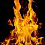 f-i-francia-incendio-di-mezzi-e-riflessioni-contro-1.jpg