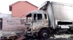 s-c-santiago-cile-incendiato-camion-per-un-dicembr-1.jpg
